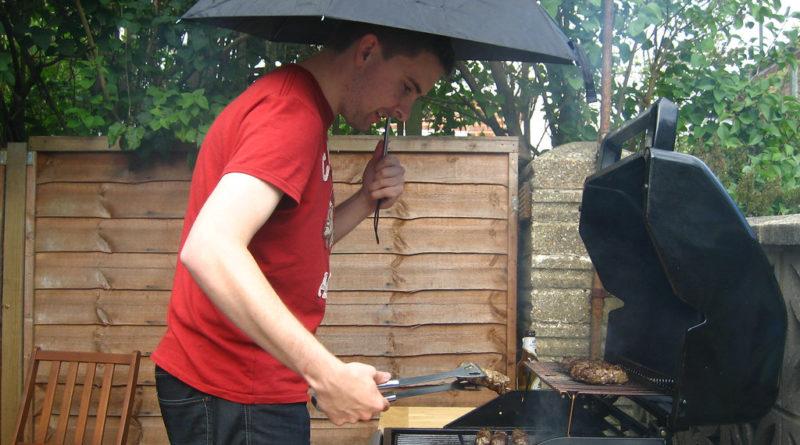 barbecue sous la pluie