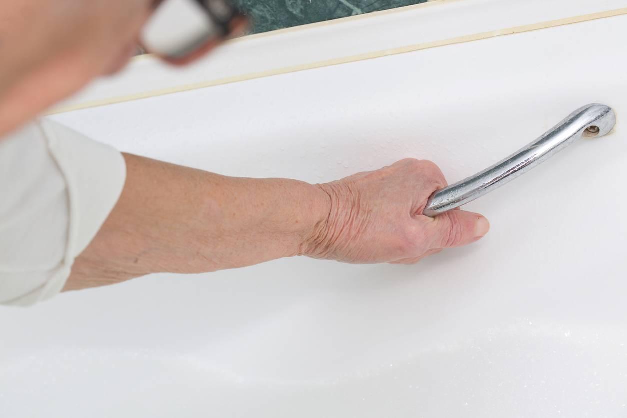 adapter salle de bain senior